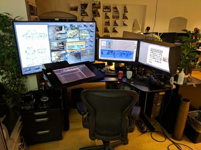PC_Desk_141_17.jpg