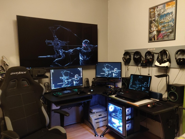 PC_Desk_141_24.jpg