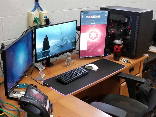PC_Desk_141_45.jpg