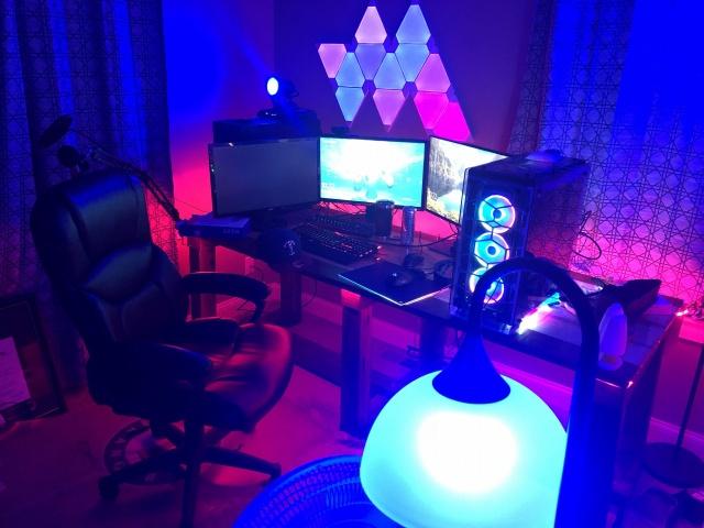 PC_Desk_141_60.jpg