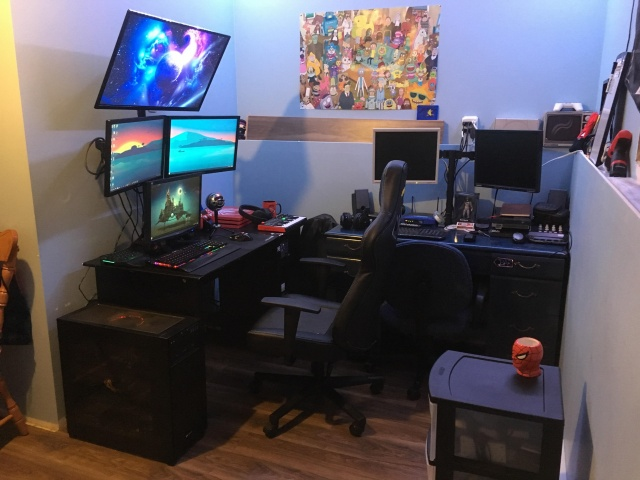 PC_Desk_141_62.jpg