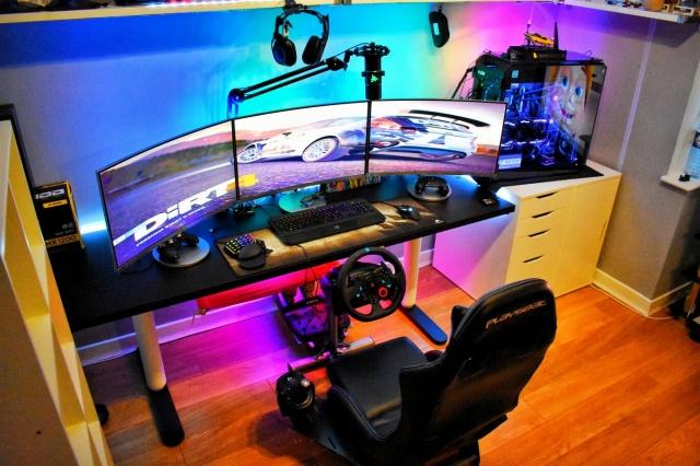 PC_Desk_141_81.jpg