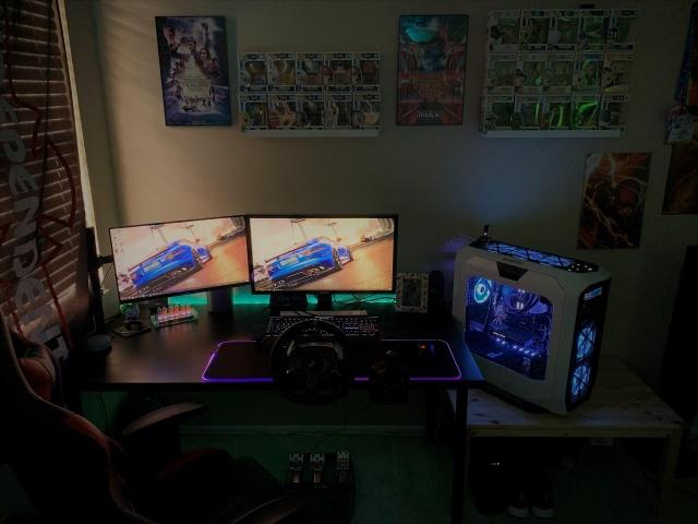 PC_Desk_141_90.jpg