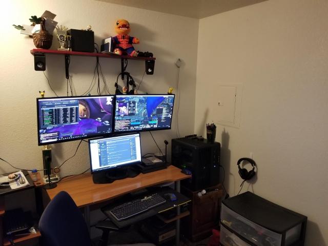 PC_Desk_141_92.jpg