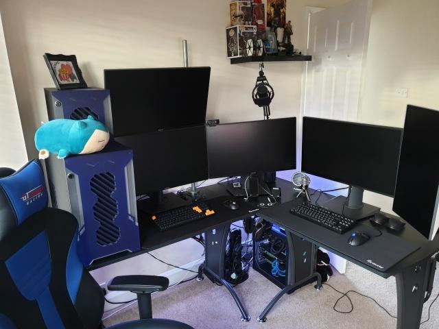 PC_Desk_142_30.jpg