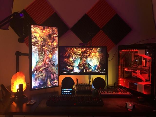 PC_Desk_142_54.jpg