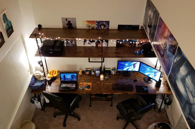 PC_Desk_143_05.jpg