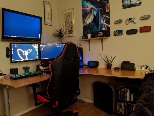 PC_Desk_143_30.jpg
