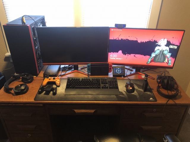PC_Desk_143_34.jpg