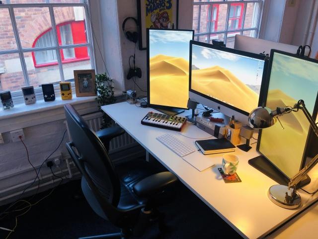 PC_Desk_144_100.jpg