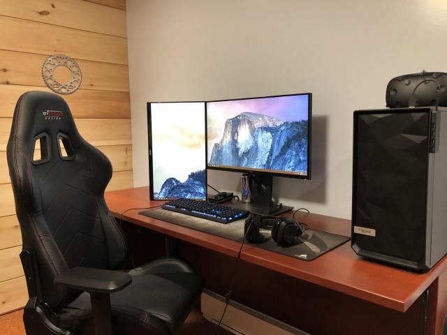 PC_Desk_144_16.jpg