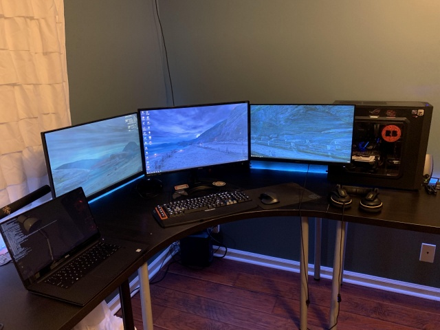 PC_Desk_144_36.jpg