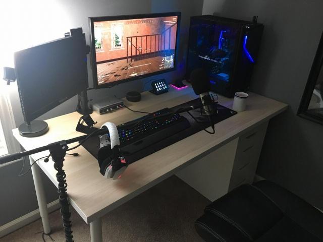 PC_Desk_144_44.jpg