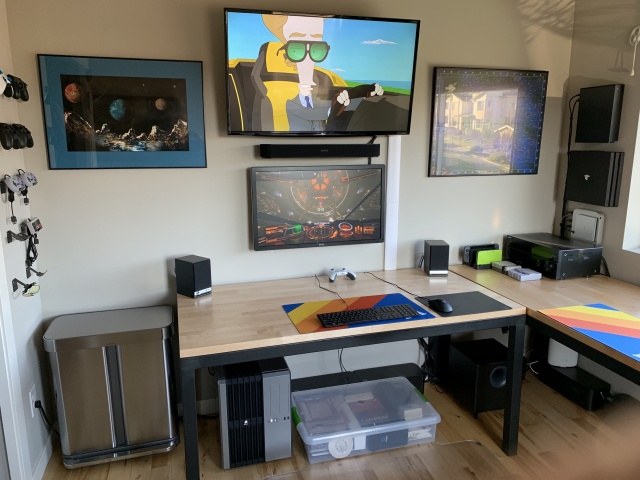 PC_Desk_144_55.jpg