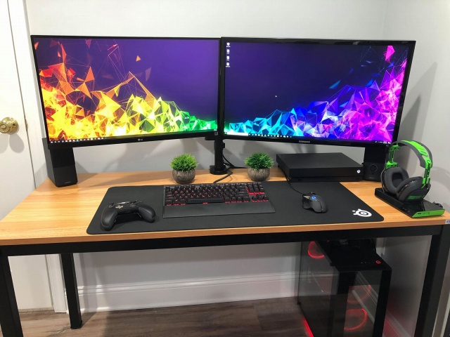 PC_Desk_144_63.jpg