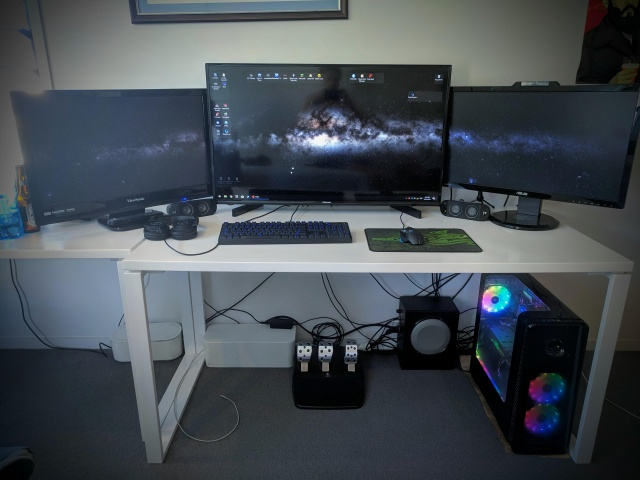 PC_Desk_144_66.jpg