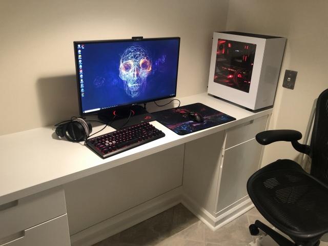 PC_Desk_144_87.jpg