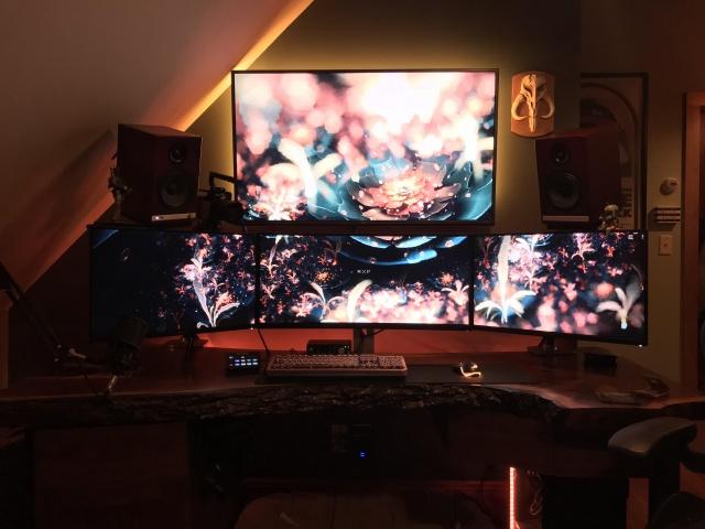 PC_Desk_144_89.jpg