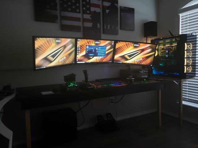 PC_Desk_145_19.jpg