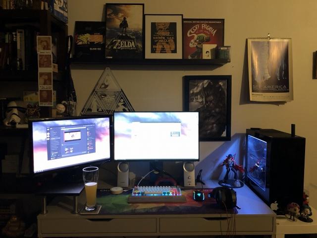 PC_Desk_145_26.jpg