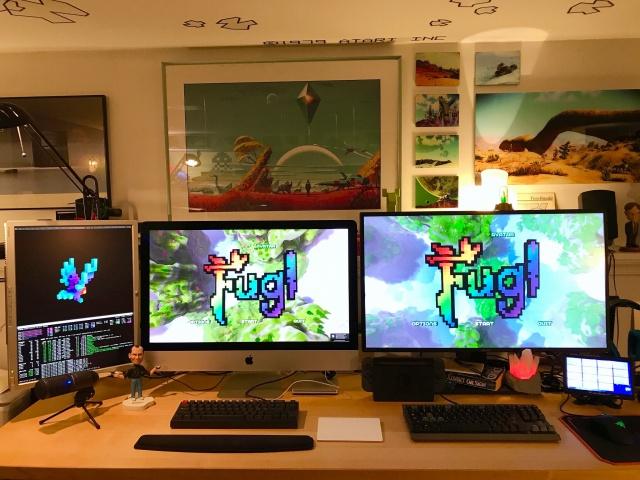 PC_Desk_145_34.jpg