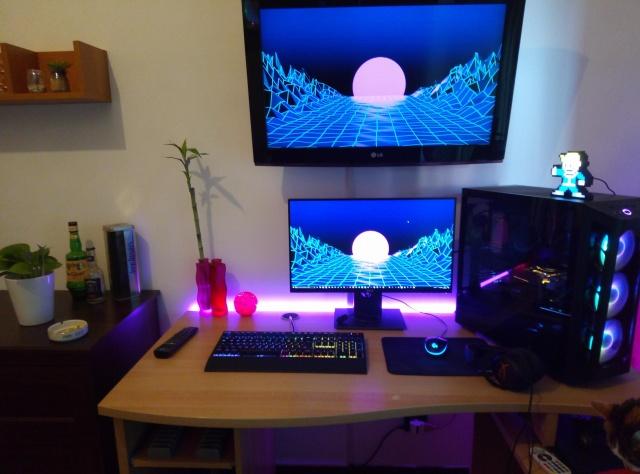 PC_Desk_145_50.jpg