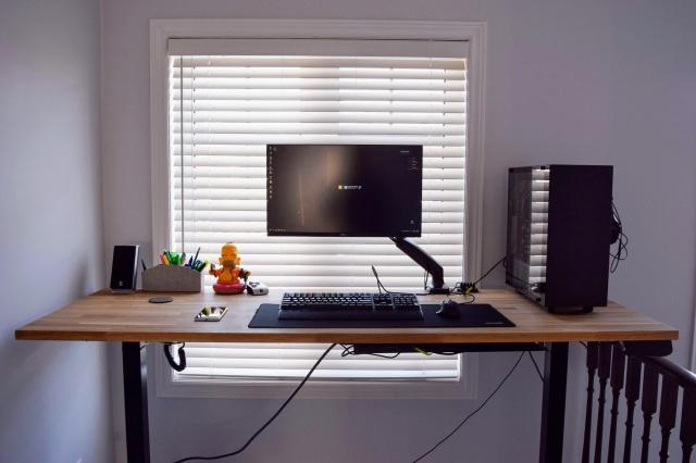 PC_Desk_145_55.jpg