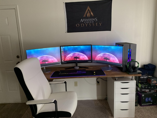 PC_Desk_145_65.jpg