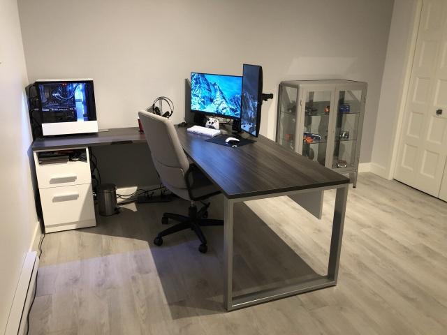 PC_Desk_145_69.jpg