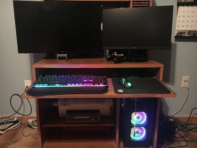 PC_Desk_145_77.jpg
