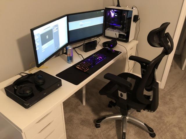 PC_Desk_145_93.jpg