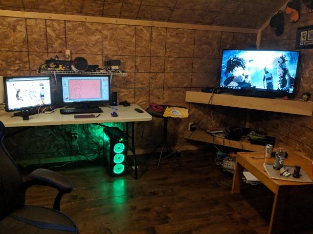 PC_Desk_146_16.jpg