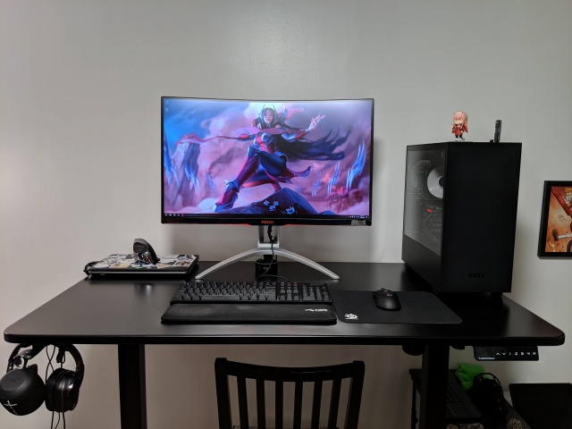 PC_Desk_146_42.jpg