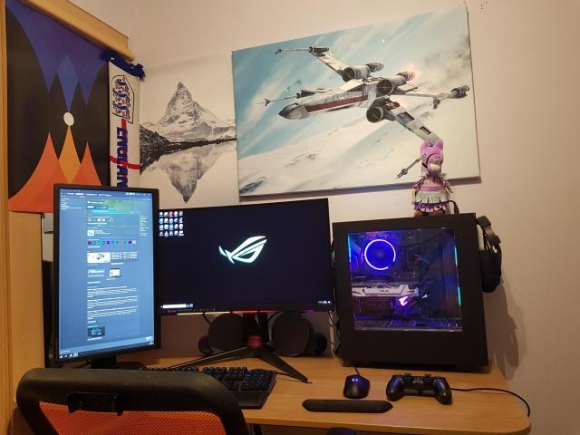 PC_Desk_146_59.jpg