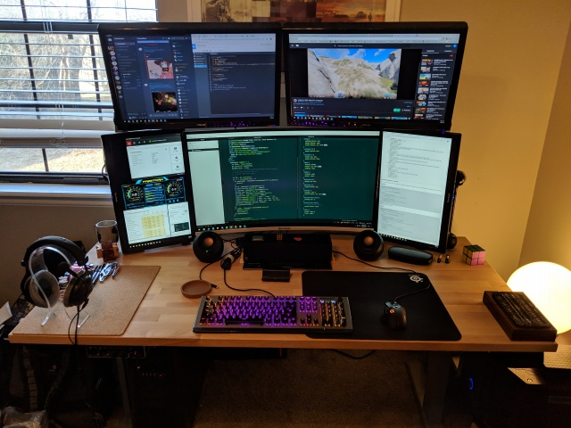 PC_Desk_146_64.jpg