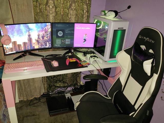 PC_Desk_146_83.jpg