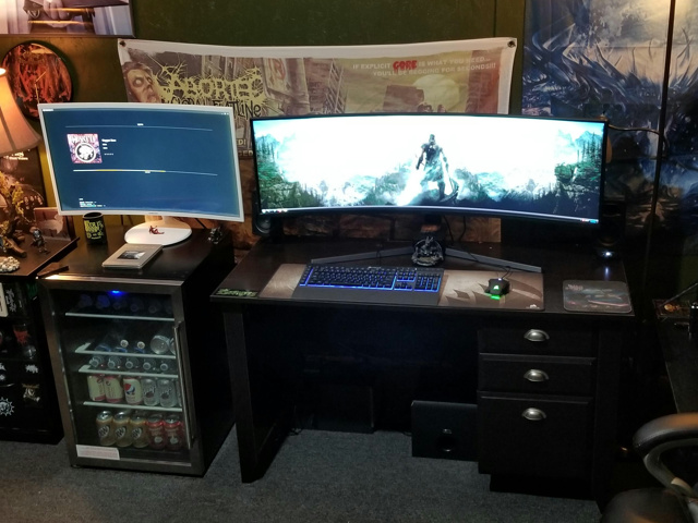 PC_Desk_UltlaWideMonitor36_100.jpg
