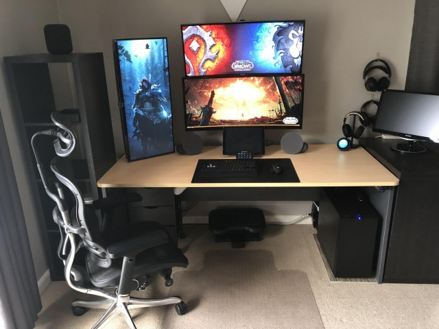 PC_Desk_UltlaWideMonitor36_49.jpg