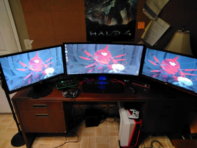 PC_Desk_UltlaWideMonitor36_67.jpg