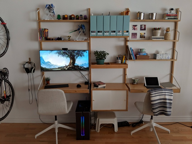PC_Desk_UltlaWideMonitor38_87.jpg