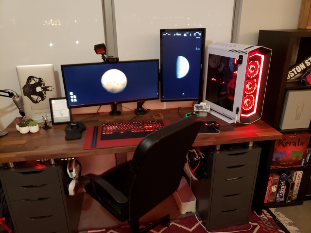 PC_Desk_UltlaWideMonitor39_09.jpg