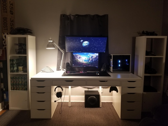 PC_Desk_UltlaWideMonitor39_78.jpg