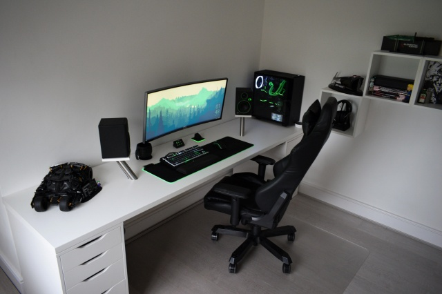 PC_Desk_UltlaWideMonitor39_94.jpg