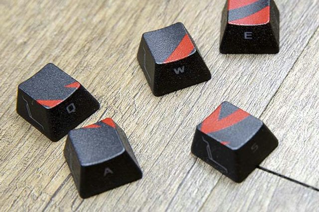 ROG_Gaming_Keycap_Set_02.jpg