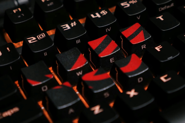 ROG_Gaming_Keycap_Set_05.jpg