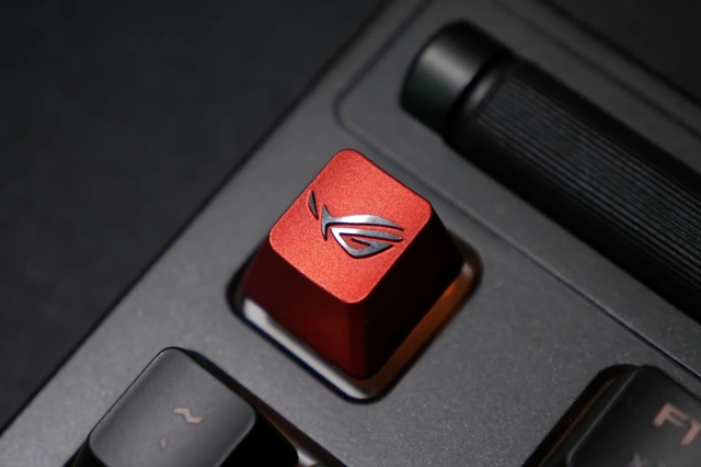 ROG_Gaming_Keycap_Set_06.jpg