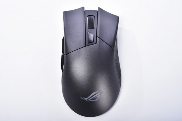ROG_Gladius_II_Wireless_07.jpg