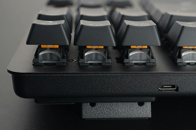 Razer_BlackWidow_Lite_04.jpg
