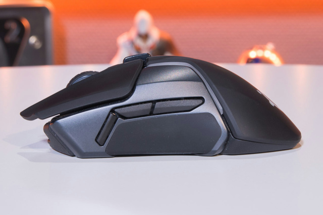 Steelseries_Rival_650_09.jpg