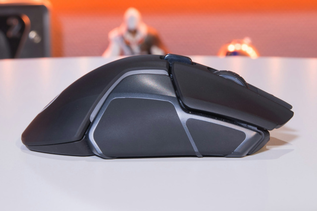 Steelseries_Rival_650_10.jpg